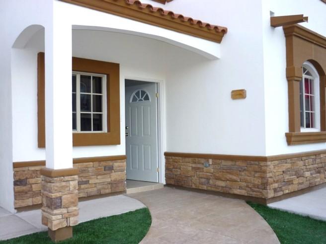 Concretos decorativos for Frentes de casas con piedras