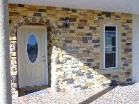 Fachada con piedra artificial