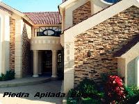 Residencia Con Piedra
